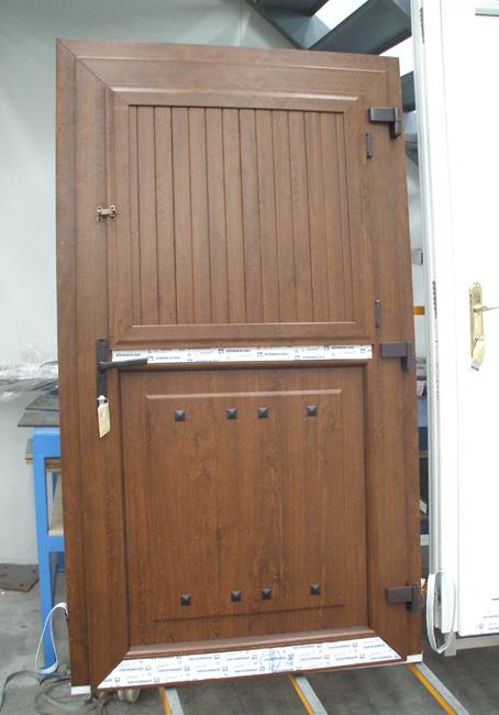 Puerta doble hoja horizontal vetenor - Puertas de aluminio doble hoja ...